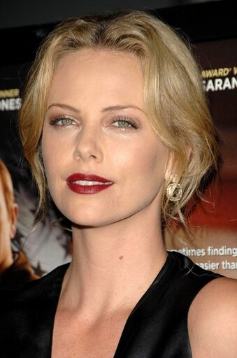 Charlize Theron At Arrivals For In The Valley Of Elah Premiere Rolled Canvas Art - (8 x 10) dfc9cd7da409520c990a0e4b810a0fa7