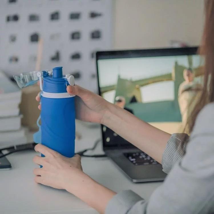 【仁舟淨塑】水壺 / 隨行杯 / 環保水瓶 捲捲矽水瓶-湛海藍 550ml
