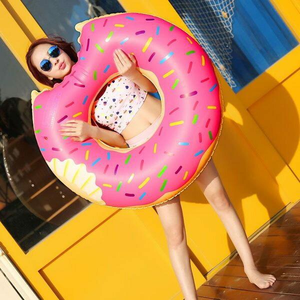 PS Mall 夏日充氣草莓巧克力甜甜圈造型 游泳圈 成人游泳圈 水上座椅 大號救生圈 充氣玩具【J2150】