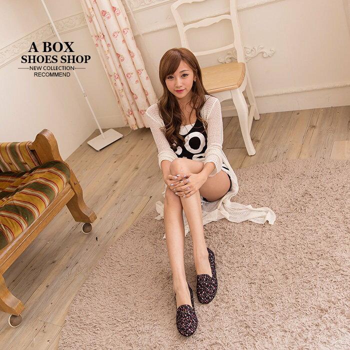 格子舖*【AW663】MIT台灣製 焦點目光彩繪花布花朵 蕾絲透視設計 懶人鞋 平底包鞋 2色 1