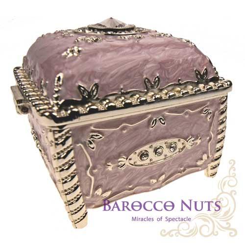 【Barocco Nuts】[特色擺飾] 3吋 珠光淡粉紅色 彩錫琺琅圓鑽方型珠寶盒家飾擺飾/收納罐/歐風/雜貨/生活用品/首飾盒/禮物/俄羅斯風格/歐風)