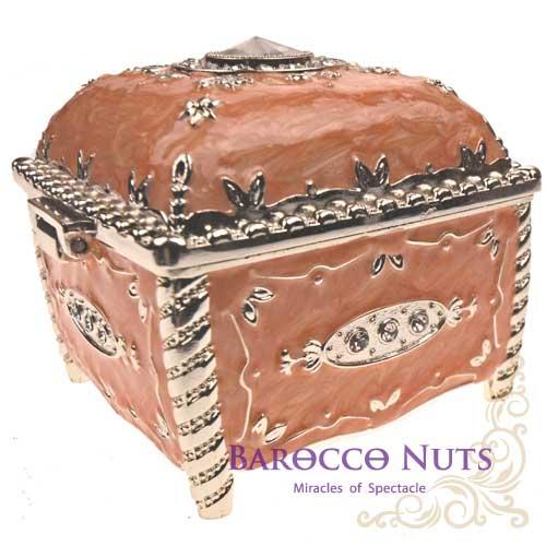 【Barocco Nuts】[特色擺飾] 3吋 珠光粉橘色 彩錫琺琅圓鑽方型珠寶盒家飾擺飾/收納罐/歐風/雜貨/生活用品/首飾盒/禮物/俄羅斯風格/歐風)