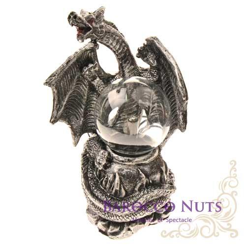 【Barocco Nuts】[特色擺飾] 3.5吋銀色合金 有翼鱗片惡龍與燉鍋 造型雷電魔球(插座/閃光球/電漿球/靜電球/電子魔球/擺設裝飾/舒壓/辦公室小物)