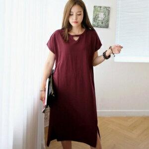 美麗大街~IR3541~休閒純色寬鬆前鏤空不規則短袖連衣裙 ~  好康折扣