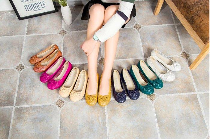 Pyf ♥ 新款 真皮 休閒皮鞋 媽媽鞋 寬楦低跟鞋 軟底上班皮鞋 43 大尺碼女鞋