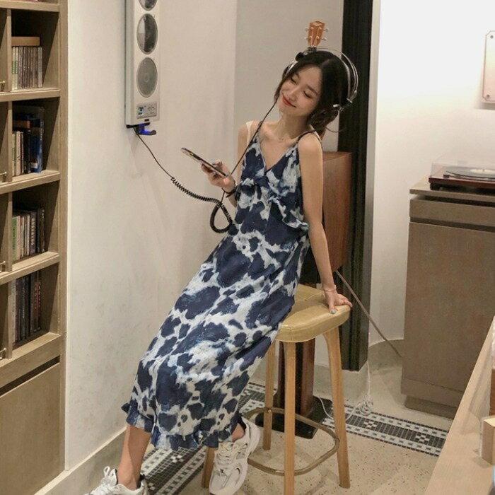 年裙子女新款夏天溫柔扎染吊帶裙小個子法式顯瘦輕熟風連身裙 第一印象