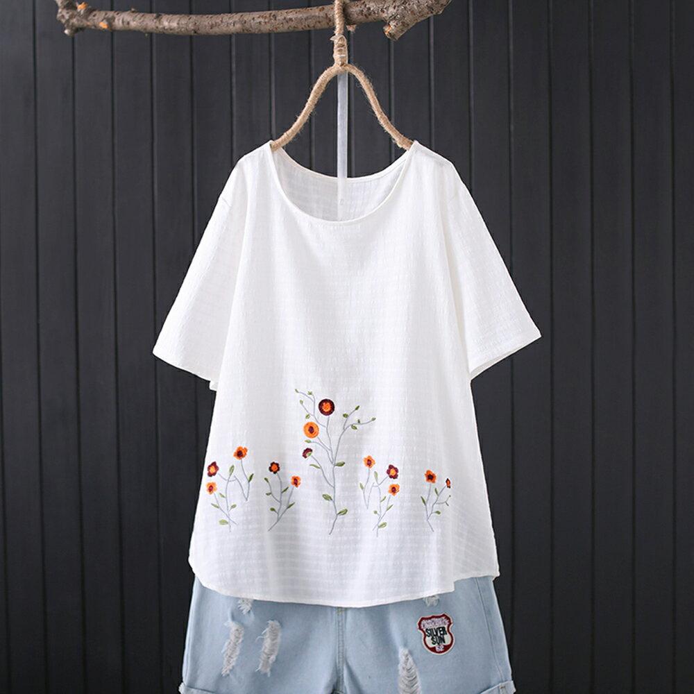 純棉提花布刺繡圓領休閒寬鬆短袖t恤(3色XL~4XL)【OREAD】 2