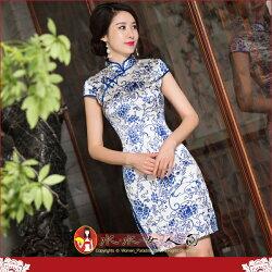 【水水女人國】~另人驚艷。藝術極品中國風~簡約青花。華貴真蠶絲噴繪印花時尚包袖短旗袍