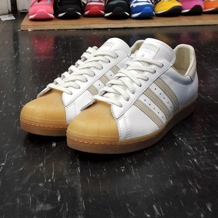 adidas SUPERSTAR 80s GUM 貝殼頭 白色 米白色 奶油 膠底 薄鞋舌 復古 皮革 Q23003
