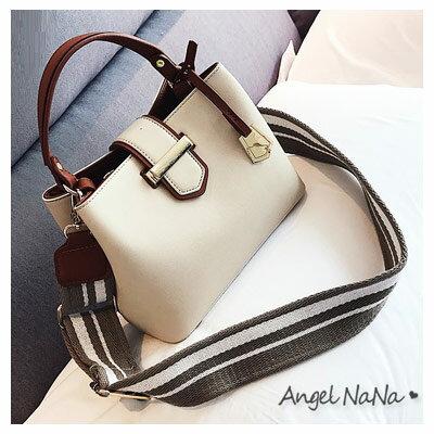 AngelNaNa:手提包-優雅撞色高品質寬條紋背帶水桶包斜背包AngelNaNa【BA0282】