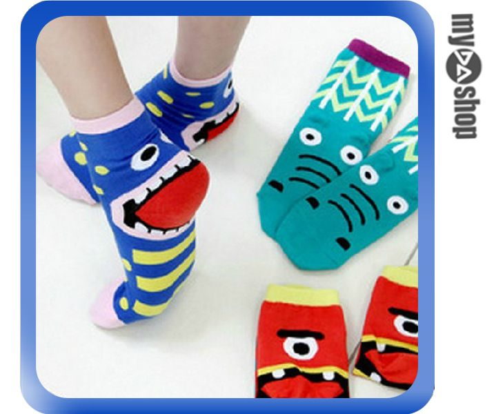 《DA量販店》韓國 卡通 吐舌頭 創意 鬼臉 棉襪 少女 襪子 船型襪 顏色隨機(80-0568)