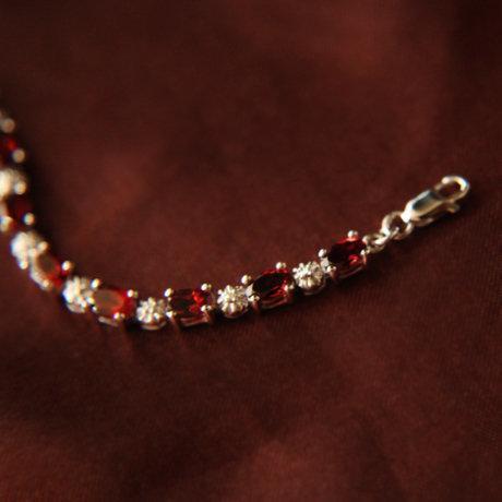 微色 水晶飾品 銀鑲嵌石榴石女手鏈 璀璨奢華
