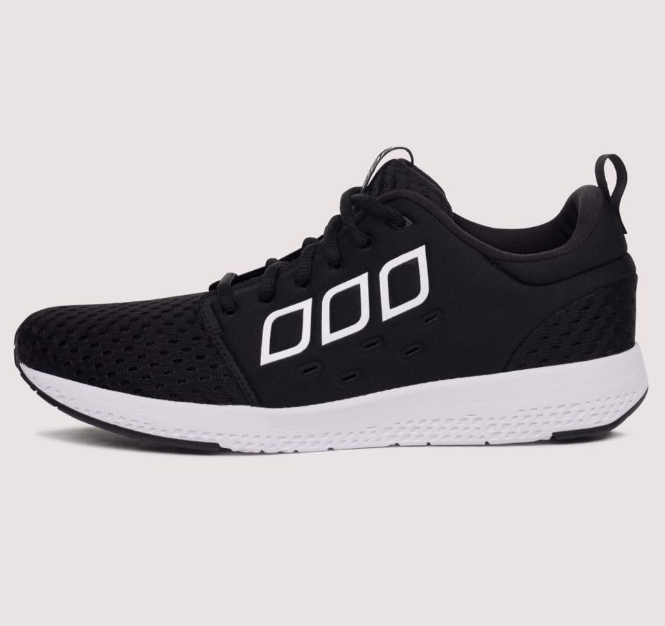 Lorna Jane-內增高運動訓練鞋-黑色-US 7 & 8 0