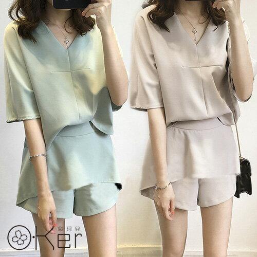 俐落短版時髦V領兩件式短袖套裝(上衣+褲裙) O-Ker 歐珂兒 133699(LLA138)(135088)-C