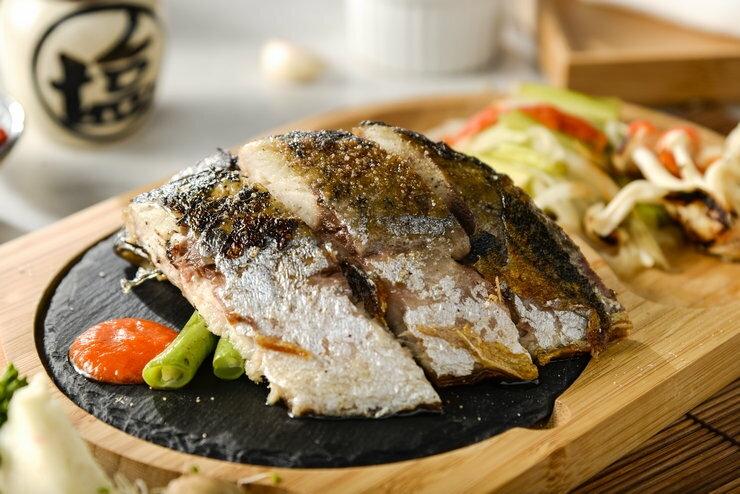 【烏魚妹子】 超大超厚薄鹽鯖魚切片(挪威北大西洋) 200g±10%