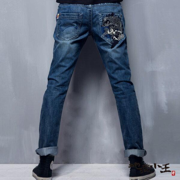 【春夏新品】地藏月燈鯉魚精繡低腰直筒褲(淺藍)-BLUEWAYJIZO地藏小王