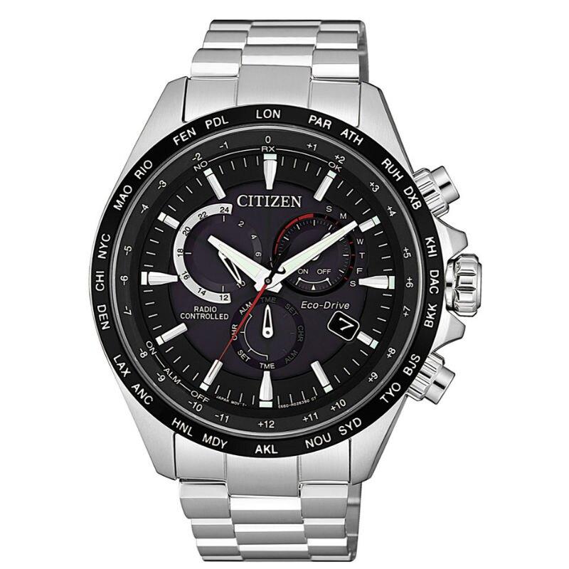 CITIZEN 星辰GENTS系列時尚男錶 光動能電波三眼腕錶 CB5838-85E 黑x銀/45mm
