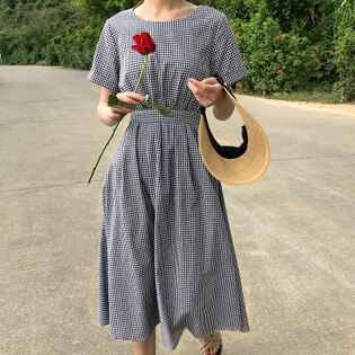 韓系女裝格子露背鈕扣繫帶收腰中長款裙子連身裙洋裝樂天時尚館。預購