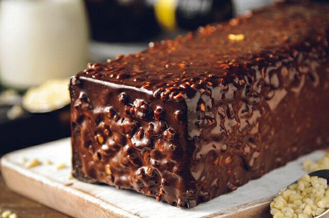 70%比利時黑巧克黑金磚【免運】-70%濃郁巧克力外皮、蛋糕體、內餡,與杏仁碎果的美味交融★樂天歡慶母親節滿499免運 3