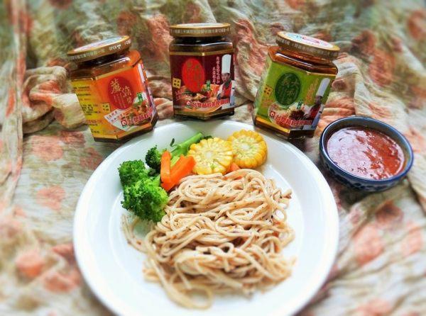 台塑 ?配素雙醬 (黑胡椒+蘑菇)280G/罐*2罐