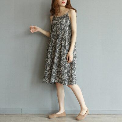 日系女裝碎花印花寬鬆吊帶裙連身裙洋裝樂天時尚館。預購。[全店免運]