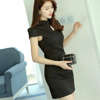 短袖洋裝【心齋橋】韓版新款合身高腰鏤空短袖連身裙洋裝FAN1561(現+預)