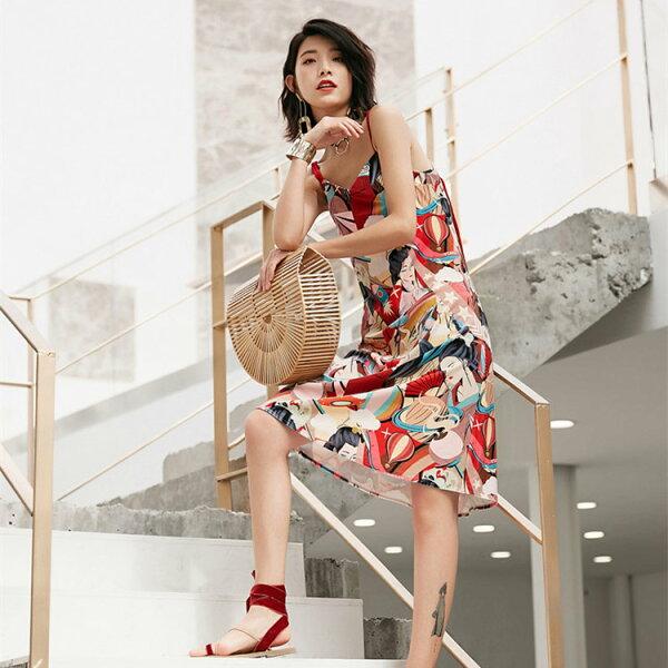 日系人物印花絲絨吊帶洋裝連身裙小禮服【92-16-81952-18】ibella艾貝拉
