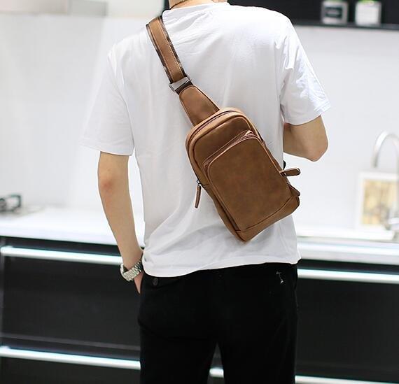 FINDSENSEZ1韓國時尚潮男軟皮休閒單肩包胸包斜挎包斜背包大容量