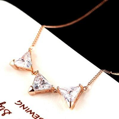 ~純銀項鍊 鍍18K金水晶吊墜~優美三角形狀生日情人節 女飾品73dn49~ ~~米蘭 ~