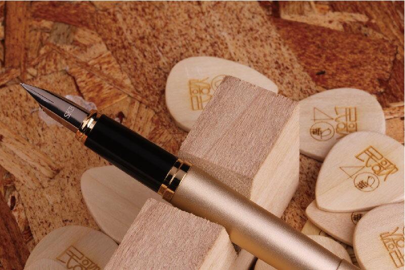 SKB 優雅系列鋼筆RS-309 黑灰兩色可選,金色須預訂