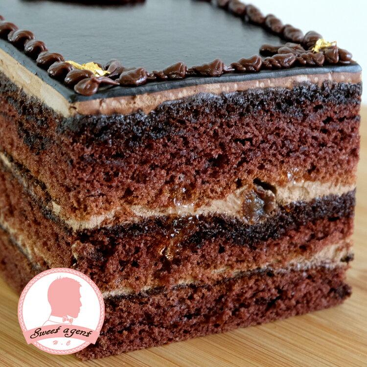 【甜點特務】[ 歐貝拉 ] 巧克力海綿+香濃巧克力酒櫻桃醬+葡萄乾 1