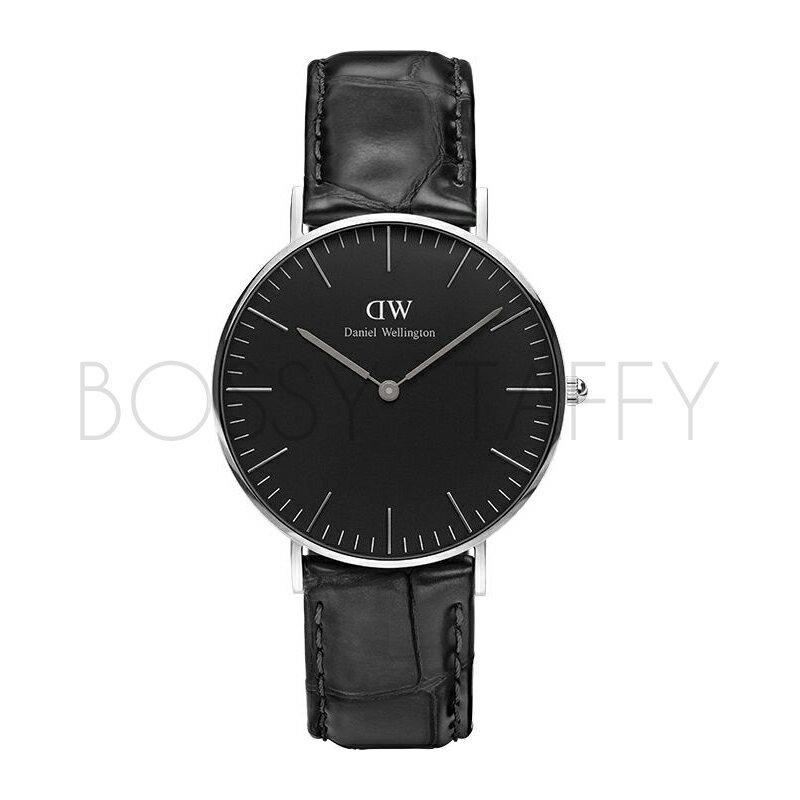 DanielWellington黑色皮革腕錶
