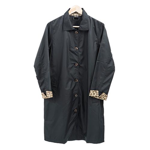 長版豹紋風衣 日系風格穿搭 經典豹紋配色 3
