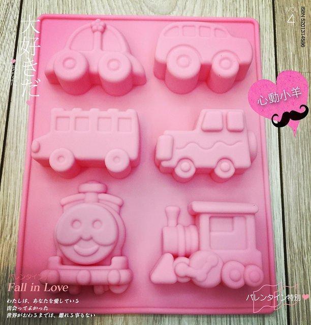 心動小羊^^六連火車汽車 模具 巧克力模具 矽膠模具 果凍模 巧克力模型 手工皂模 製冰盒 餅乾模具