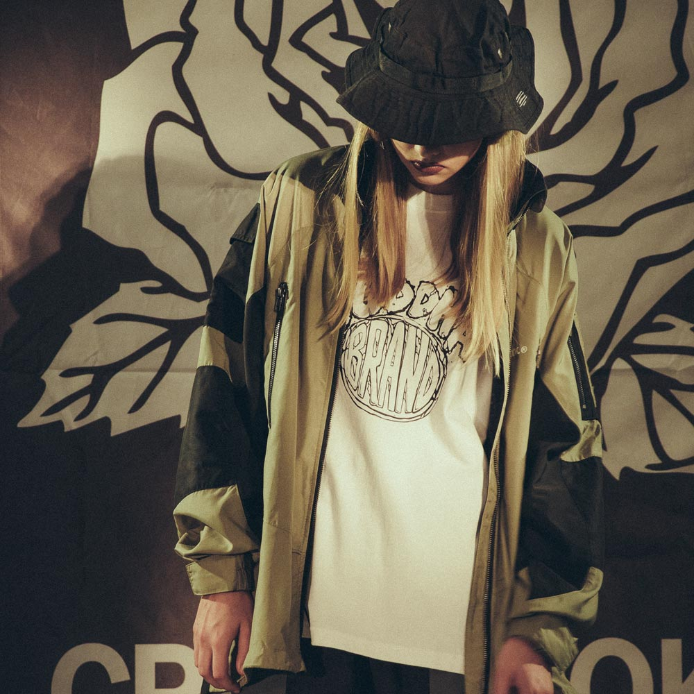 【CPTN HOOK】TIGER ON THE HILL COAT(黑 / 卡其) 高領 抗寒 防風 風衣外套(palace store) 4