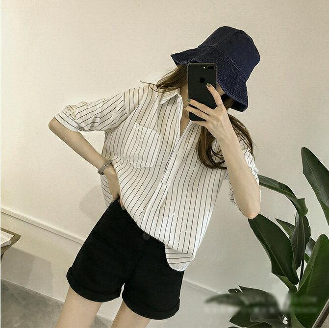 【V2525】shiny藍格子-文青女孩.條紋口袋寬鬆七分袖襯衫上衣 5