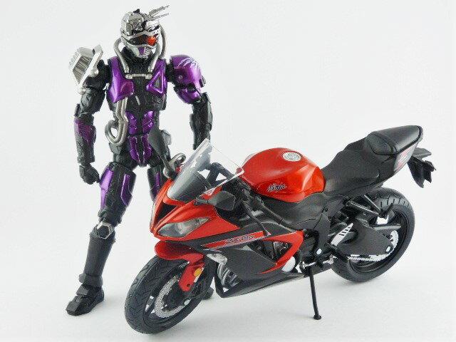 【秋葉園 AKIBA】日本限定品 kawasaki ninja ZX-6R 2014model 摩托車模型 1/12scale 適合一般尺寸公仔 6