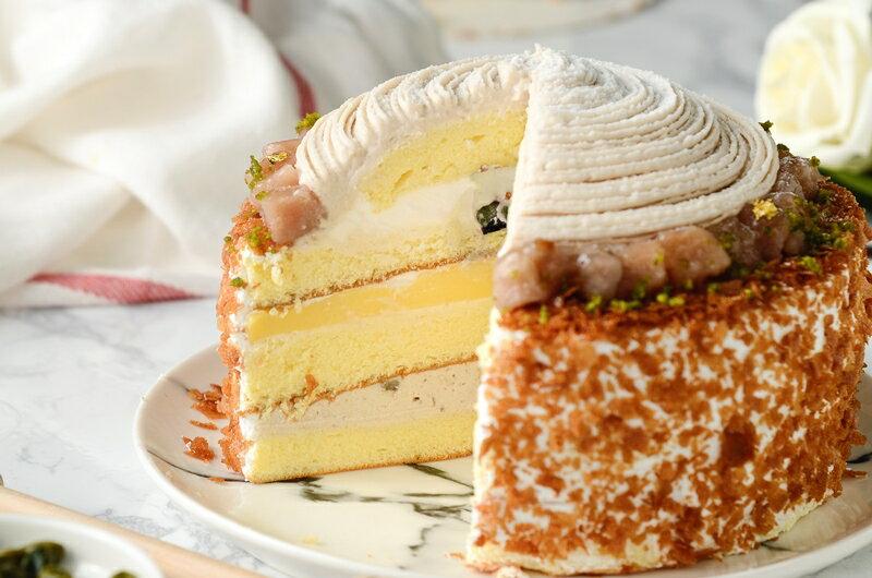 限量促銷~買一送一~~慶祝父親節--凡訂購父親節蛋糕送6吋岩燒起士峰蜜蛋糕❤濃情蜜芋6吋芋泥蒙布朗❤採用大甲芋頭研製純芋泥餡,布丁,新鮮野莓果組成三層不同口感滋味~ 5
