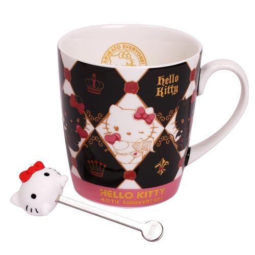 X射線【C114117】Hello Kitty40週年馬克杯附棒,陶瓷杯/水杯/玻璃杯/茶杯/咖啡杯/交換禮物