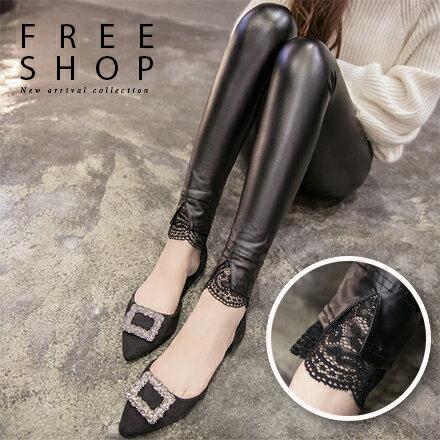 Free Shop:FreeShop女款韓版褲腳開岔蕾絲拼接顯瘦全黑色質感舒適彈性彈力修身小腳皮褲內搭褲【QMDM9008】