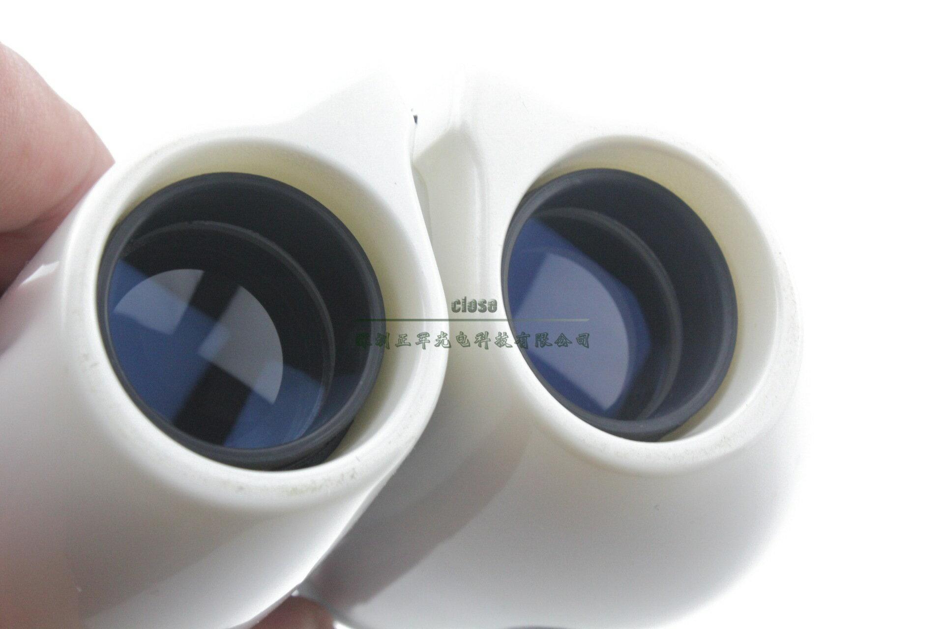 <br/><br/> 10x22 藍膜鋁質鏡身雙筒黑白色望遠鏡<br/><br/>