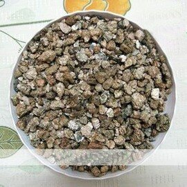 【園藝蛭石-大粒-散】保水 無土栽培基質 花土 營養土 以0.9kg計價-5101002