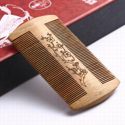 【綠檀篦子(精裝)-10*5.7*0.9cm-1款/組】特色工藝禮品超密齒生日祝福禮物(含禮盒,不含木架)-30011