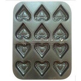 12連心形烘培工具 十二連不粘烤盤 12連蛋糕模具不沾塗層  烤箱盤~7201005