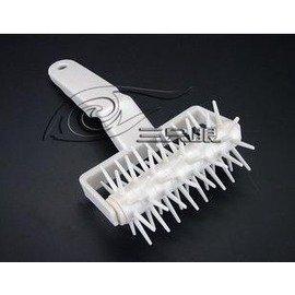 【打孔器-塑膠-直徑6.5cm-3只/組】烘焙工具 披薩蛋糕模具 針車輪 打孔器 餅底派適用(柄長14輪長直徑6.5cm),3只/組-8001001