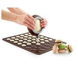 【烤盤-矽膠-馬卡龍-小號】馬卡龍專用矽膠烤盤墊 有30個圓模(大圈徑3.8小圈徑2.3cm) 可做矽膠墊(29.7*27.7*0.3cm)-8001001