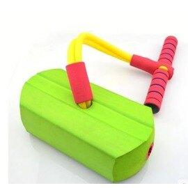 【青蛙跳-TPR軟膠-25*10.5*7cm-1套/組】兒童有聲彈跳鞋 幼稚園跳跳寶兒童運動跳跳鞋玩具 感統訓練青蛙跳-56007