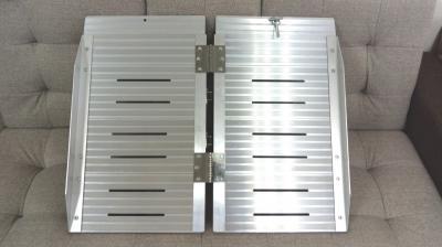 鋁合金輪椅梯-輪椅爬梯專用斜坡板 單摺鋁梯長24吋 0
