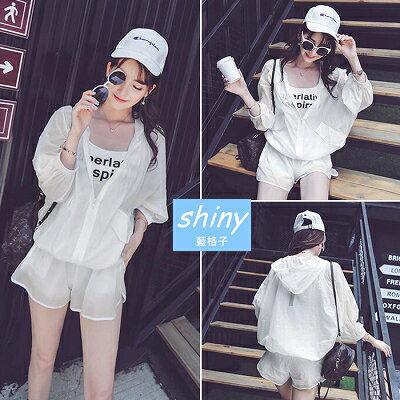 【V1178】shiny藍格子-輕著休閒.純白色連帽蝙蝠袖拉鍊外套+短褲套裝