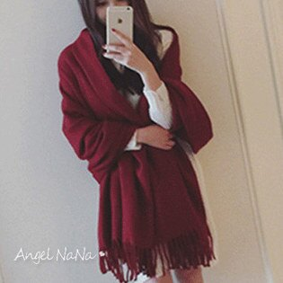 AngelNaNa:(都有現貨)仿羊絨披肩。AngelNaNa流蘇素色素面加大保暖女圍巾【SA0001】